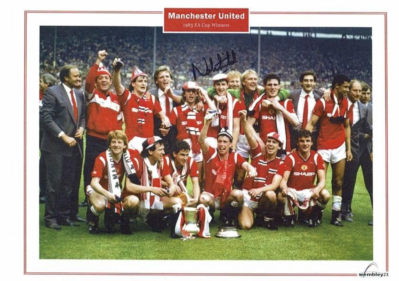 Norman Whiteside, Manchester United