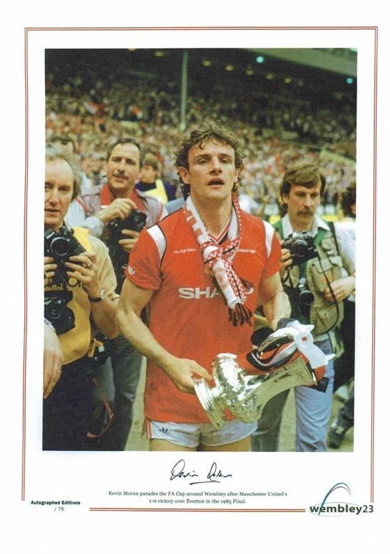 Kevin Moran,Manchester United