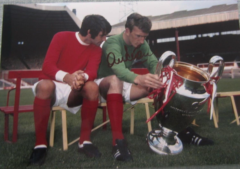 Alex Stepney Manchester United