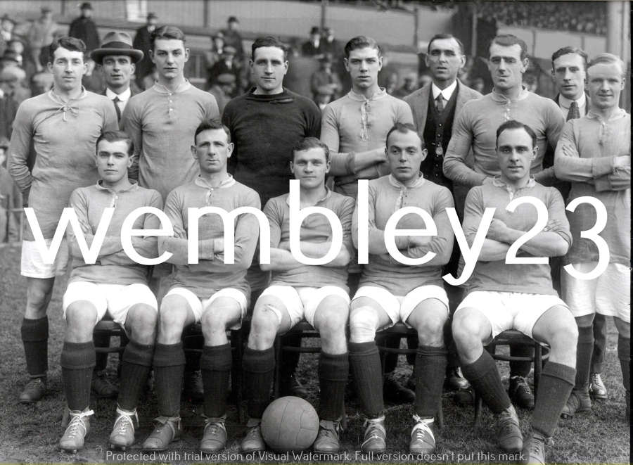 Albert Wilkes reprint Manchester United 1919-20 team