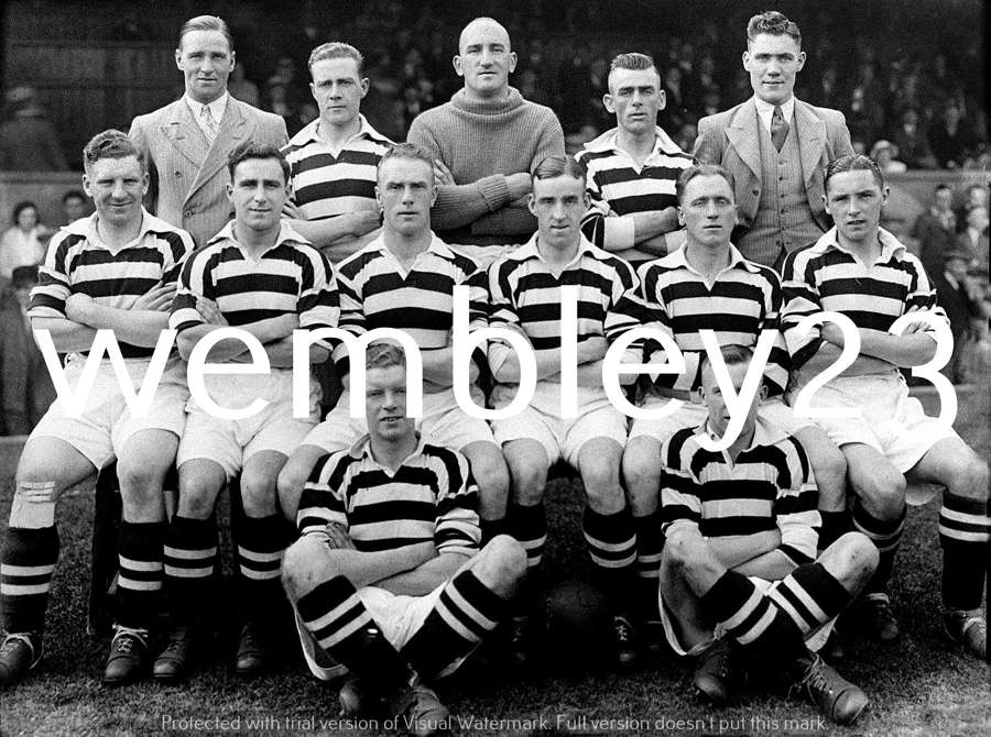 Albert Wilkes reprint Manchester United 1934-35 team