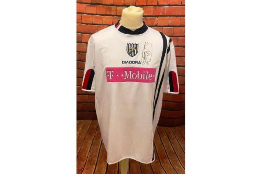 Junici Inamoto West Bromwich Albion Match Worn Signed Shirt 2005/06